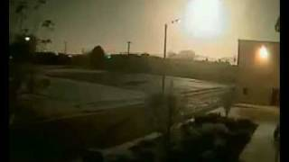 Meteor lights up night sky above Utah - Nov 2009