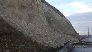 Bonchurch cliff fall - 17 Jan 2014