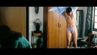 Sameer goes shirtless - Raincoat movie