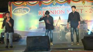 mukkala mukabala best dance ever by shafi and sreenu and another guy