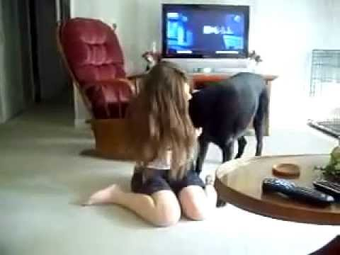 Xxx Mp4 A Girl And Her Dog Mujeres Que Juegan Con Los Perros 3gp Sex