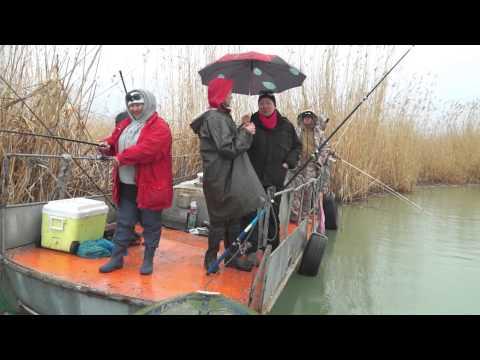 видео рыбалка на балхаше