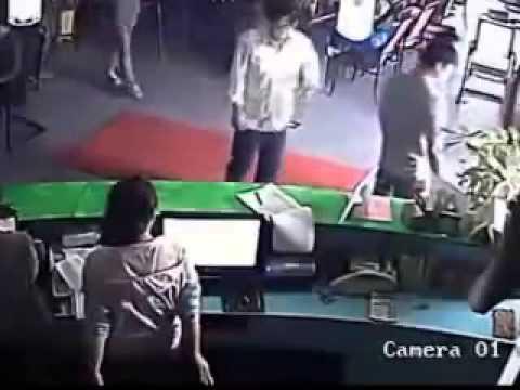 Trẻ trâu khựa chém nhau kinh hoàng tại quán Cafe VL88 NET Hót clip vui 2015
