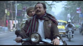 Father-Son argument in moving Kolkata traffic...