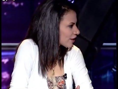 بنت مصريه تشاهد صورها الفاضحة على مواقع جنسية - مع طونى خليفه HD