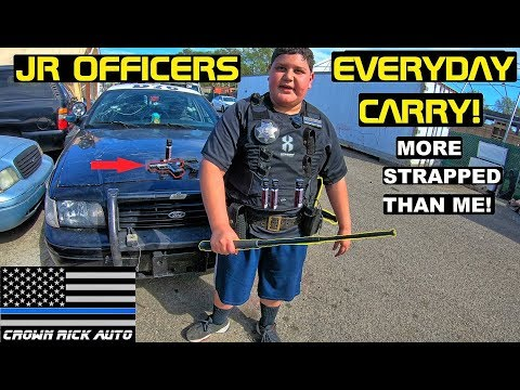 A Junior Officers Everyday Carry Crown Rick Auto Vlog