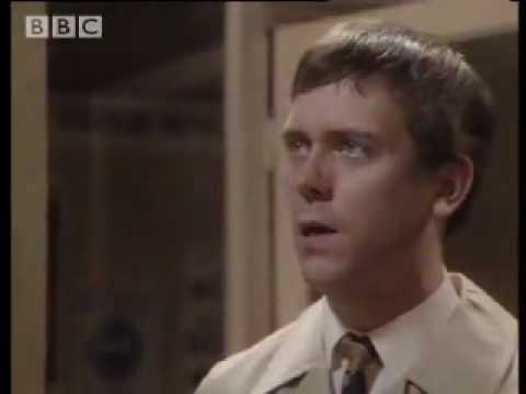 Funny Hugh Laurie & Stephen Fry comedy sketch Your name sir BBC