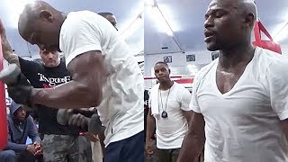 (BEAST) FLOYD MAYWEATHER BULKING UP TO DESTROY CONOR MCGREGOR AT 154; SLAMS WEIGHTS AROUND