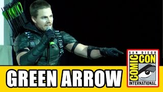 Stephen Amell's Green Arrow Intro at Comic Con