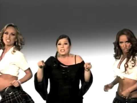 Calo - La Colegiala Feat. Margarita La Diosa de la Cumbia (Video Oficial)