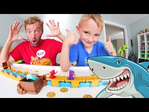 Father & Son PLAY SHARK MANIA Don t Get Eaten