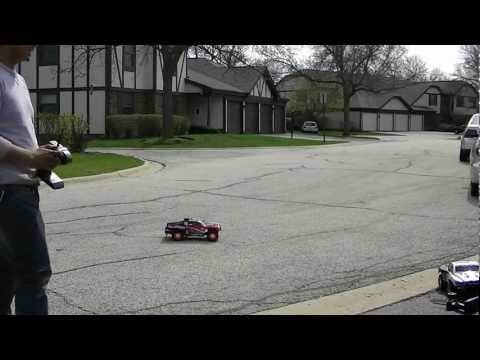 Losi 1/10 XXX-SCT Unboxing, Review, and Maiden Drive!