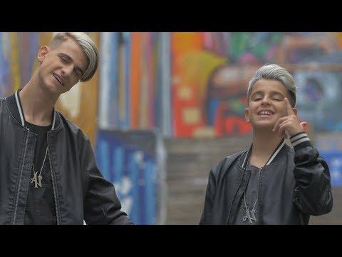 Xxx Mp4 Es Amor Adexe Nau Videoclip Oficial 3gp Sex