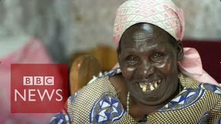 Harvesting happiness on a Kenyan farm - BBC News