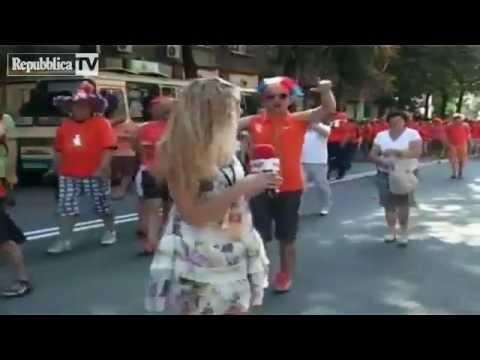 la reporter ucraina tormentata dai tifosi olandesi
