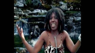 La Negra Tulia - Desde Alemania (Official Video Promotional HD)