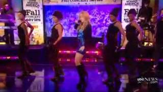 Shakira - Give It Up To Me ( Live Good Morning America 11_19_2009 ) [www.keepvid.com].mp4