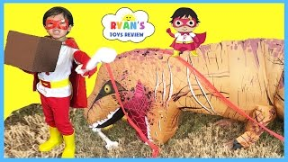 SUPERHERO KID RYAN TOYSREVIEW LIMITED EDITION T-SHIRT Family Fun For Kids Egg Surprise Toys