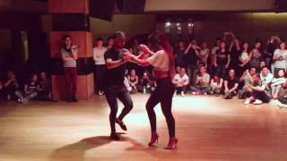 Daniel y Desirée dancing bachata to a Chinese song
