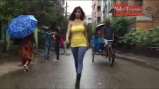 নষ্ট হয়ে রাস্তা দিয়ে হাটলেন নাইলা নাঈম Naila Nayem Latest News | Bangla Entertainment news