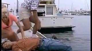 Baywatch S05E07 Someone To Baywatch Over You   Greta saves unconscious Matt CPR