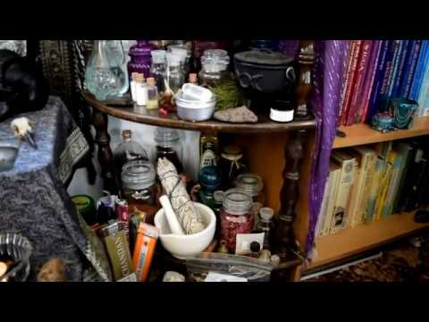 Altar Tour - Nature Finds, Thrifted Tools. A Room With a View!