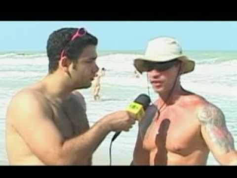 PELADO NA PRAIA BAND REPORTER NAKED ON THE BEACH