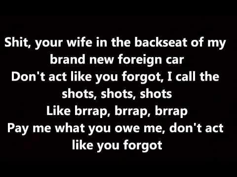 Rihanna - Bitch Better Have My Money (Lyrics on Screen)