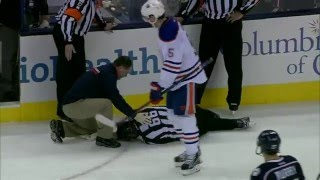 Gotta See It: Fayne has entire ice open, shoots puck at linesman instead
