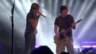 Keith Urban 'Good Thing' with Rob Joyce from Berlin, MA 7/2/16 Meadowbrook in Gilford, NH