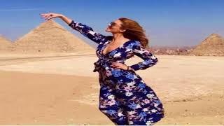 """بالصور .. بطلة """"ديسباسيتو"""" وسط آثار مصر"""