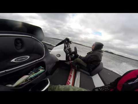 Bumpy ride. Nitro Z18, Evinrude 175 E-tec
