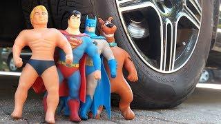 CAR VS STRETCH ARMSTRONG VS BATMAN VS SUPERMAN VS SCOOBY DOO