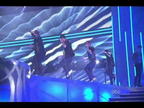 BackStreet Boys & New Kids On The Block NKOTBSB Performance In American Music Awards 2010