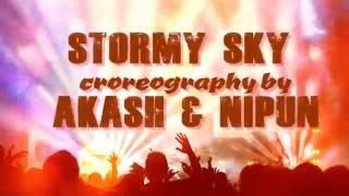 Stormy Sky Stage Show - Karo Prame porlam na