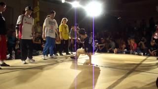 Rocking Skillz/ Air Zykos vs B8B @ Soul Expression 2011