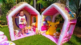 Playhouse for a lot of funny toys Video for kids