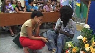 Apresentação de peça com Graciele e o Mendigo