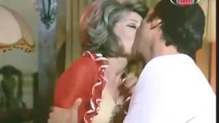 صفية العمري ورشدي اباظة بوس ساخن