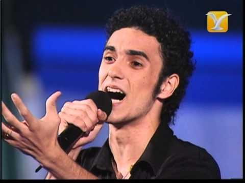 Abel Pintos Bailando Con Tu Sombra Festival de Viña 2004 Competencia Internacional