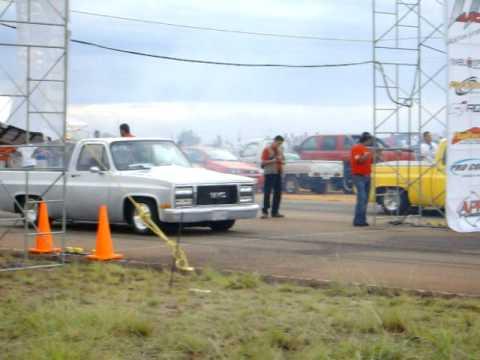 Piques sobre asfalto Pto Ordaz 07 06 2009