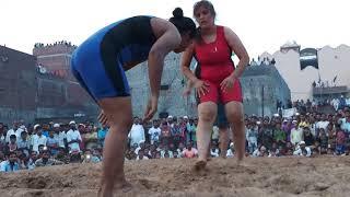 Lady pehelwan gurmeet punjab vs payal kashmir