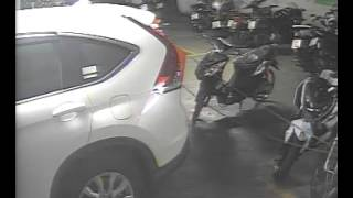 Video of someone stealing my bike, captured by CCTV