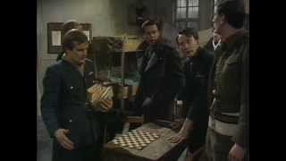 Colditz TV Series S01-E14 - Gone Away (Part I)