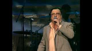 Halid Beslic - Sviraj nesto narodno - (Live) - (Arena Zagreb 2009)