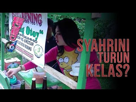 Gak Gengsi, Syahrini Makan Bakso Dorong - Cumicam 04 Mei 2017