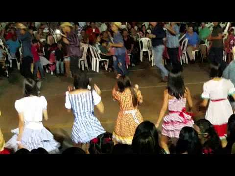 Quadrilha Junina Escola Tiradentes 2015