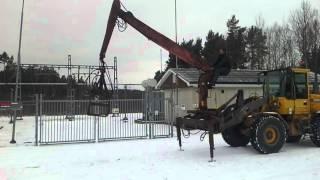 Kran för hjullastare säljes på Klaravik nätauktion