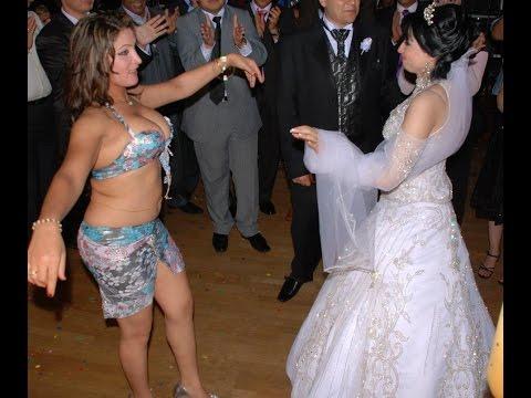 رقص مسخرة من داخل كازينو بشارع الهرم