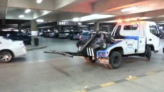 سحب السيارات المخالفة في المطارات - شركة مواقف